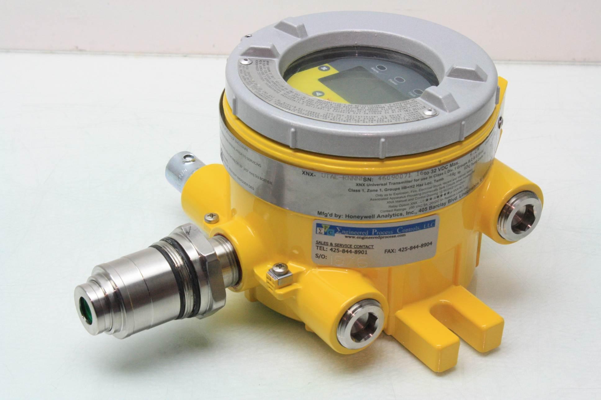Honeywell universal transmitter xnx utae rnnnn gas detector explosion proof co