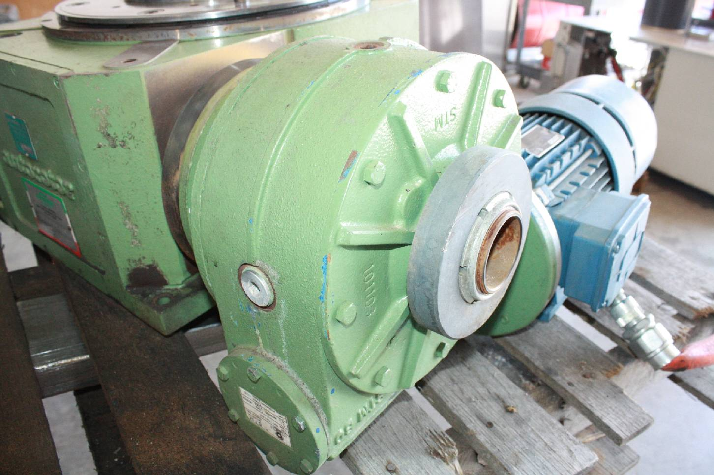 Autorotor T55 02 330 Rotary Indexing Table 2 Station
