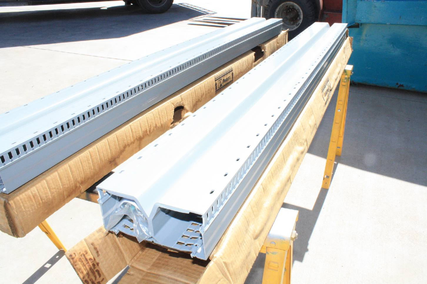 2 New Panduit Drd33lg6 Panduct Panelmax 6 Ft X 3 In Din