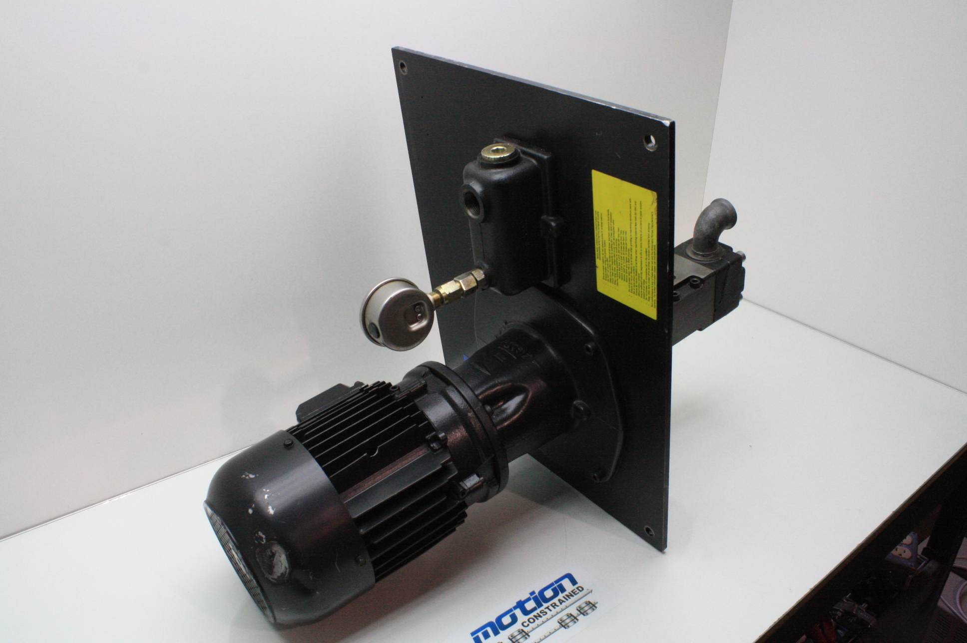 Dayton High Pressure Coolant Pumps : Brinkmann bfs kbt n high pressure machine tool screw